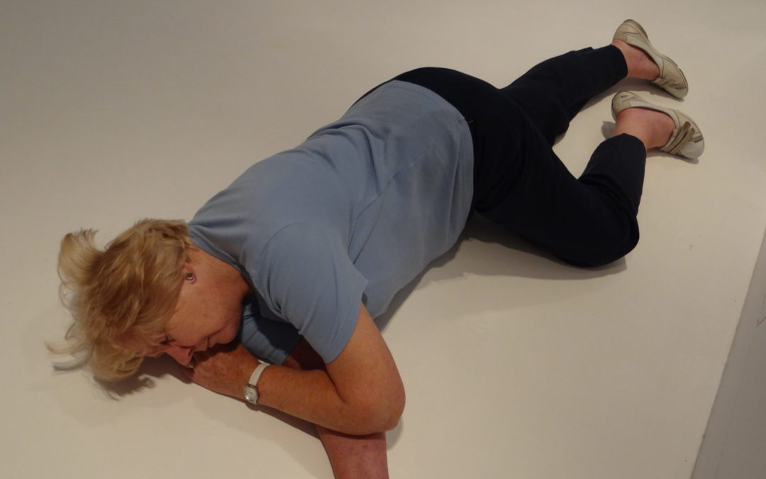 How and when to put someone into the recovery position